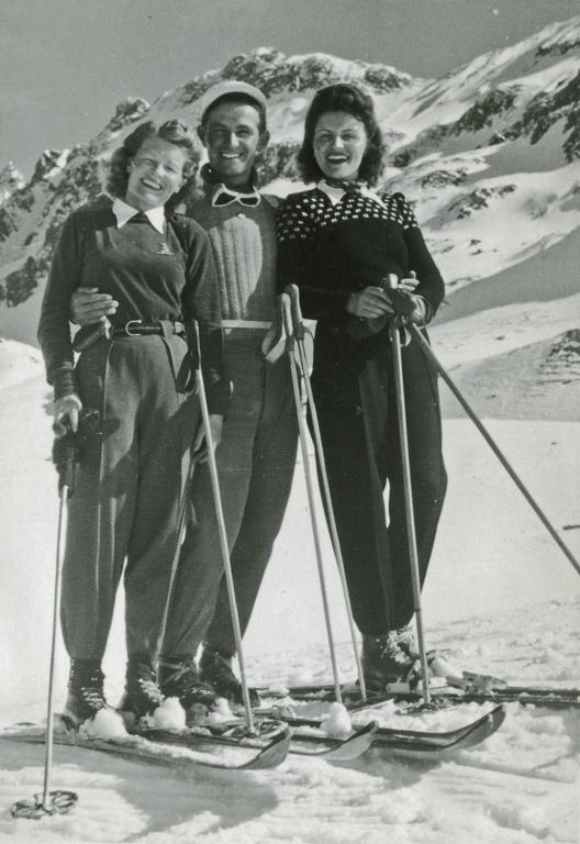 Skiing in Davos in 1930